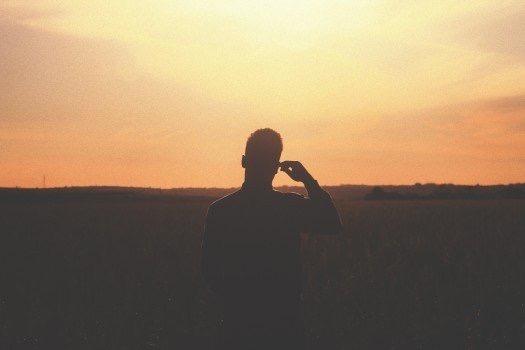 https://educfrance.org/wp-content/uploads/2020/03/hippie-dusk-horizon-questioning-beauty-scene.jpg