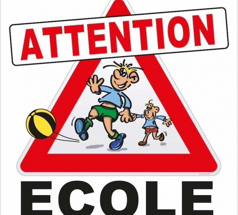 https://educfrance.org/wp-content/uploads/2020/03/panneau-attention-ecole-800x720.jpg