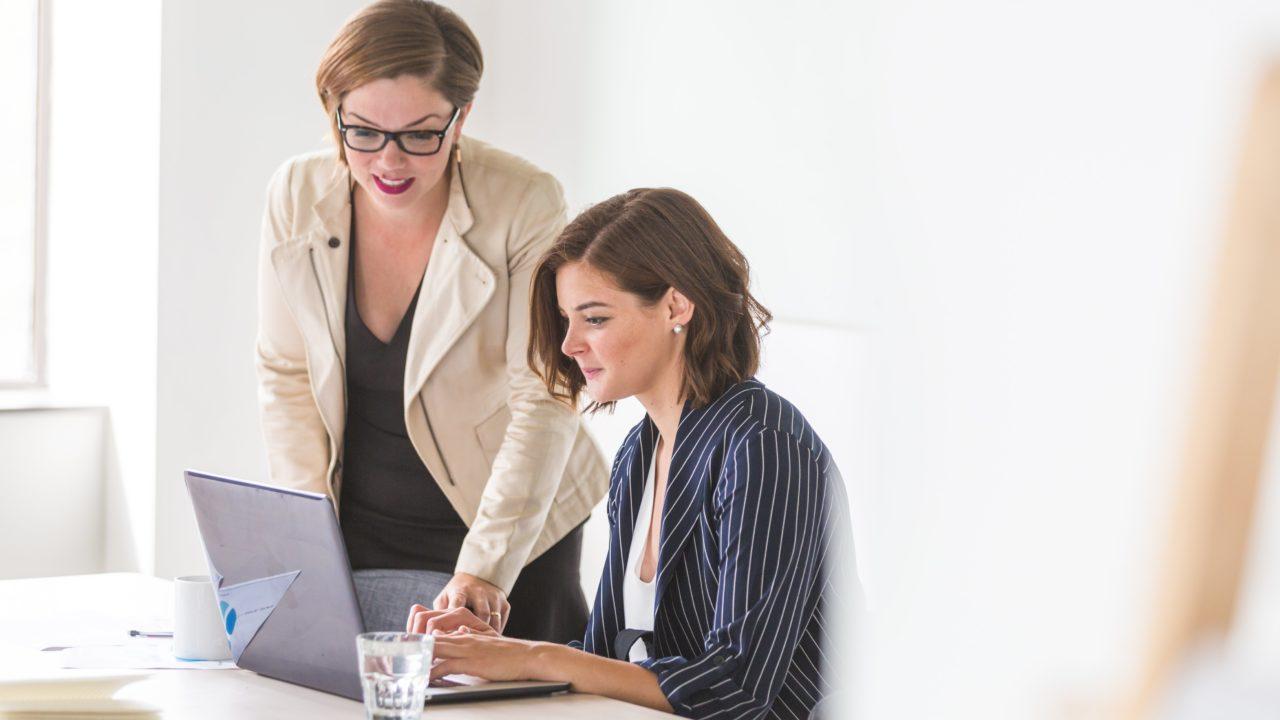 https://educfrance.org/wp-content/uploads/2020/04/business-women-working-1280x720.jpg