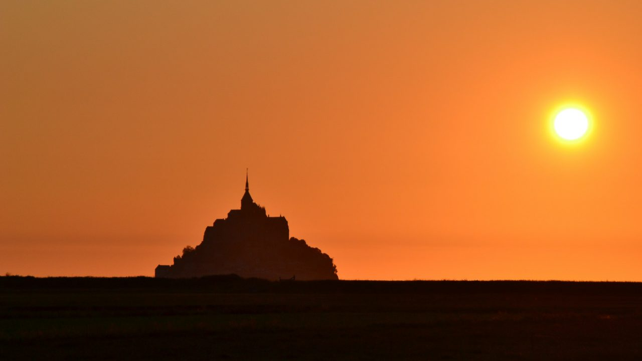 https://educfrance.org/wp-content/uploads/2020/11/mont-st-michel-343642_1920-1280x720.jpg