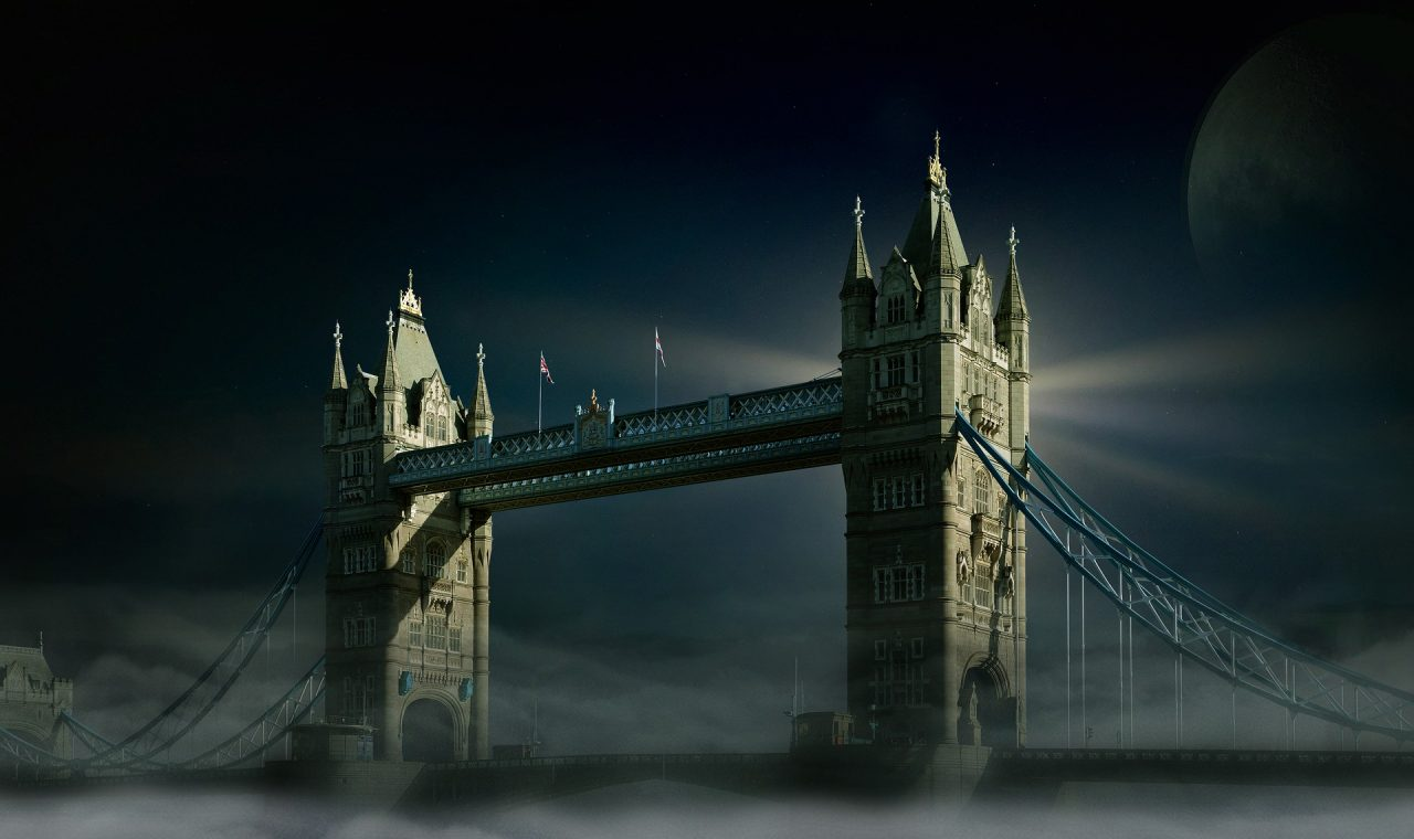 https://educfrance.org/wp-content/uploads/2021/01/tower-bridge-2324875_1920-1280x760.jpg