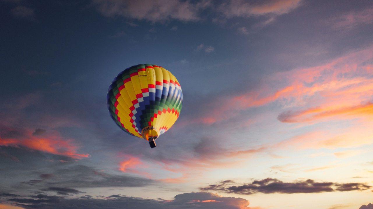 https://educfrance.org/wp-content/uploads/2021/02/balloon-5307204_1920-1280x720.jpg