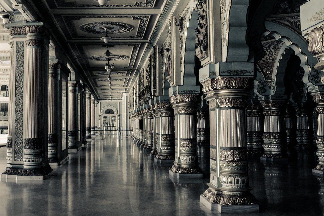 https://educfrance.org/wp-content/uploads/2021/05/interior-801955_1920-1280x853.jpg